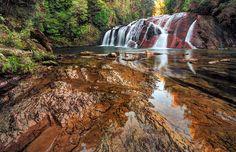 Coal Creek Falls, West Coast, New Zealand by Nadly Aizat, via Flickr