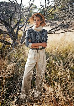 "Duchess Dior: ""Close Knit"" Isabel Lucas by Steven Chee for Sunday Style Australia April 2014"