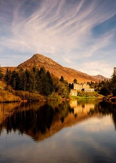 Ballynahinch Castle Hotel and Estate, Connemara, County Galway. Photo courtesy of Ballynahinch Castle Hotel & Estate Castle Hotels In Ireland, Castles In Ireland, Hotels And Resorts, Best Hotels, Dragon Blood Tree, Stay In A Castle, Romantic Weekend Getaways, Connemara, Stay The Night