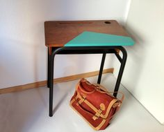 Table d'écolier vintage années 50/60 : Meubles et rangements par chopardesign