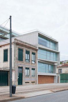 Eduardo Souto Moura prédio cantareira . porto #architecture