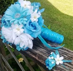 Turquoise & White Bouquet : 12in bridal bouquet and matching boutonniere, white roses, turquoise roses, turquoise daisies, with mini turquoise rose buds, mini turquoise cosmos, mini white cosmos, blue diamante pins, wrapped in turquoise satin overlayed with turquoise sheer ribbon.