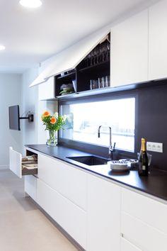 Kitchen Reno, Kitchen Cabinets, Sweet Home, Decoration, New Homes, House Design, Madrid, Home Decor, Kitchen