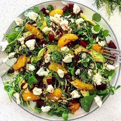 A delicious and beautiful pea, rocket & watercress salad, topped with pickled beetroot, honey glazed orange segments, avocado slices, crumbled goats cheese finished with balsamic glaze and toasted seeds. 🌱 By @eat_well_with_amie, this looks absolutely delicious and I can't wait to give it a try. . . . . #beetrootsalad #beetrootgoatscheese #beetroot #salads #summersalads #lunchgoals #foodie #rainbowbowls #londonfood #healthylife #skinnyrecipes #diet #bodyfuel #nourishbowl #foodporn… Honey Glaze, Balsamic Glaze, Plant Based Nutrition, Nutrition Tips, Watercress Salad, London Food, Skinny Recipes, Beetroot, Summer Salads