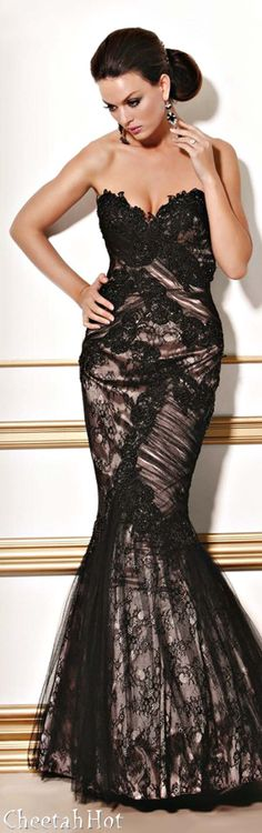 JOVANI - Lacy Mermaid Gown