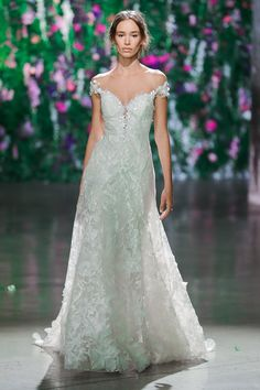 Bryony - Galia Lahav Fall 2018. www.theweddingnotebook.com