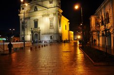 Church by night4