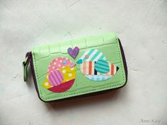 DIY: Coin Purse Makeover with Paint and Washi Tape Birds (don't throw out that old wallet, upcylce it!!!)