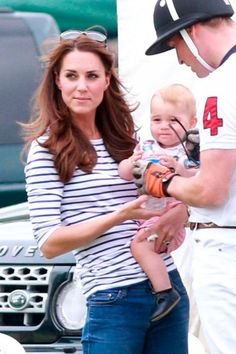 Kate Middleton Wears Suzannah Dress For Prince George's Birthday Photoshoot