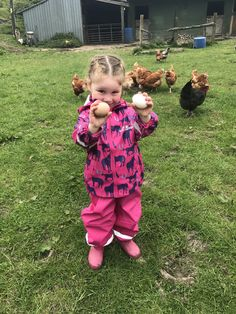 Collecting eggs from the chickens! Outdoor Fun, Dog Food Recipes, Bathing, Eggs, Happy, Clothes, Collection, Rain Jacket, Jackets