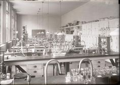 Teaching Laboratory, University of Virginia School of Medicine, circa 1925