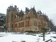 The castle in snow Belfast Castle, Cathedral, Snow, Park, Country, Building, Travel, Viajes, Rural Area