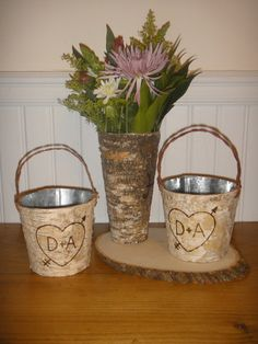 We can make this ourselves for Chloe!  A nice rustic flower girl basket.
