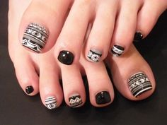 tribal pedi nail art design