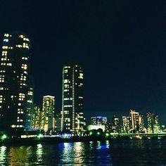 Instagram【premsiddhi】さんの写真をピンしています。 《Diamond Night view from my neighborhood. Love to take a walk along the river. / 東京のマンハッタン。  #photo #photooftheday #instaphoto #vscocam #instapic #東京 #nightview #夜景 #隅田川 #tokyo #night #iphone #citylife #saturdaynight》