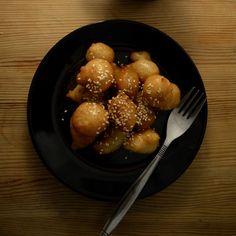 Loukoumades (greek honey doughnuts)
