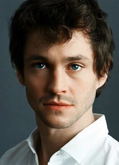Hugh dancy wonderful eyes in in the world so hot and sweet and sexy carismatic 💖💖💖😛💖💖💖💖