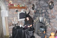 My Wife's Witches Kitchen - HauntForum Halloween 2017, Halloween Projects, Halloween Ideas, Halloween Decorations, Amazing Costumes, Cool Costumes, Witches Kitchen, Witch House, Voodoo
