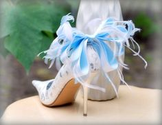 Shoe Clips Blue White Anemone Plumes Bow. French by sofisticata