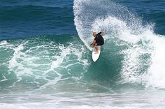 7 night RCI points holiday at La Cote D'Azur, Manaba beach, South Africa in a 3 bed unit sleeping eight people for eXpectations timeshare points. Bed Unit, Middle East, South Africa, Surfing, Waves, Vacation, Holidays, Beach, Outdoor