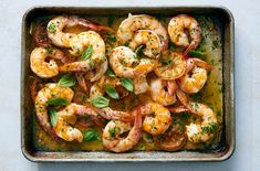 Sheet-Pan Shrimp - This has all the garlicky, lemony flavors of classic shrimp scampi, but is cooked on a sheet pan in - Fish Recipes, Seafood Recipes, Cooking Recipes, Fish Dishes, Main Dishes, Maine, Creamy Pasta, Paleo Dinner, Sheet Pan