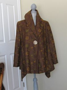 Brown flower Embroided wool blend lined coat by DATChameleon on Etsy Swing Coats, Wool Blend, Retro, Brown, Flowers, Stuff To Buy, Vintage, Shopping, Awesome