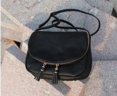 e14267543d Kožená dámská kabelka přes rameno černá – dámské kabelky Na tento produkt  se vztahuje nejen zajímavá