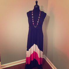 New Directions Maxi Dress (6) Worn once maxi dress size 6. Excellent like new condition. Dress is a little shorter on the bottom in the middle not the same length all the way around the bottom... Super cute☀️ new directions Dresses Maxi