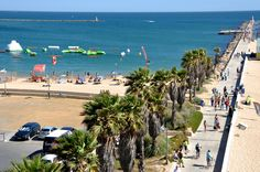 Praia da Rocha is a beautiful beach, boasting the customary golden sands, just next the Portimao town. The beach is not only long, but also very wide and even at the height of summer there is plenty of room