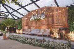 Backyard wedding ceremony ideas backdrops new ideas Wedding Ceremony Ideas, Ceremony Backdrop, Outdoor Ceremony, Wedding Ceremonies, Outdoor Weddings, Reception, Backyard Wedding Decorations, Wedding Backyard, Backyard Bbq