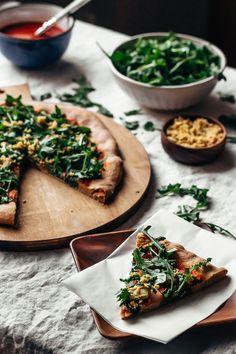 Artichoke and pickled onion pizza with harissa tomato sauce