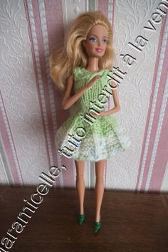 tuto gratuit barbie: robe plissé soleil Crochet Barbie Clothes, Doll Clothes, Barbie Dress, I Dress, Short Dresses, Summer Dresses, Barbie Patterns, Barbie Friends, Barbie And Ken