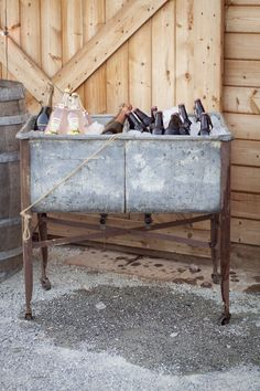 Drink station, vintage galvanized sinks.