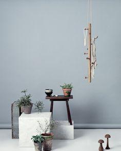 Copenhanger - Foating coat rack