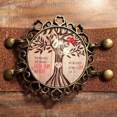 Fb @ Dixieland Delights  IG. Dixielanddelights_design  Www.plunderdesign.com/StephanieKelly   #plunder #jewelry #plunderdesign  #stephaniekellysppretties Plunder Jewelry, Diy Jewelry, Midwest Girls, Keychain Ideas, Plunder Design, Faith Hope Love, Girls Boutique, Storytelling, Jewerly
