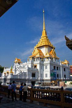 Traimit Temple ~ Bangkok, Thailand