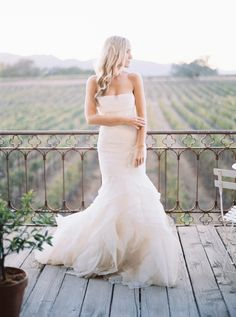 The complete look from the front: http://www.stylemepretty.com/2016/05/11/wedding-dress-photos-bride/