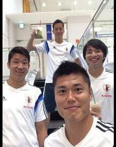 柴崎岳 Soccer Players, Polo Shirt, Polo Ralph Lauren, Japan, Mens Tops, Football Players, Polos, Polo Shirts, Polo