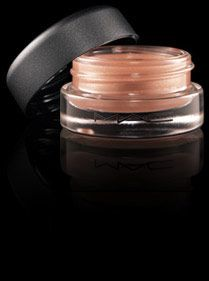 MAC tendertone in hush hush. finally, MAC re-released these. about time.