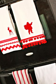 Just Another Day in Paradise: Embellished Christmas Flour Sack Towels