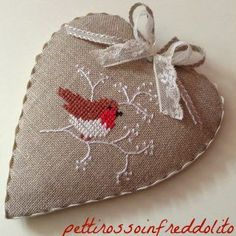 Nice finish on this heart ornament - inspiration from… Xmas Cross Stitch, Cross Stitch Heart, Cross Stitching, Cross Stitch Embroidery, Embroidery Patterns, Hand Embroidery, Cross Stitch Patterns, Christmas Sewing, Christmas Embroidery