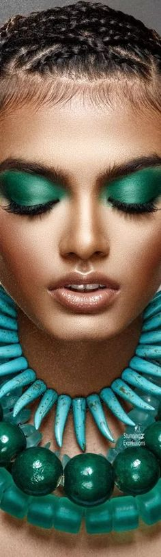 Color Teal: Fashion, Beauty, Accessories, Home Decor and Nature in shades of Teal. Teal And Gold, Orange And Purple, Teal Green, Beauty And The Beat, Shades Of Teal, Pin Logo, Aqua Color, Glamour, Beautiful Gorgeous