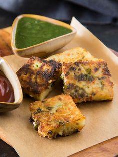 Healthy Indian Snacks, Vegetarian Snacks, Indian Food Recipes, Vegetarian Breakfast Recipes Indian, Indian Snacks For Kids, Vegan Foods, Tea Time Snacks, Evening Snacks Indian, Snacks For Evening