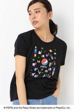 POOZU Tシャツ1  POOZU Tシャツ1 3000 PEPSI?B.C STOCK B.C STOCKは世界で最も有名なブランドの一つでもある Pepsi-Colaとアートをテーマに 国内人気アーティスト4名を起用したスペシャルコラボレーションを展開致します これまでの象徴的な広告キャンペーンを通じてPepsi-ColaはSPORT ART MUSICの世界とのきずな つながりを確立しています今回のコレクションでは遊び心を取り入れたPepsiのつながりであるARTから インスピレーションを得ています Pepsiをテーマに国内人気アーティストの書き下ろしアートワークを使用したTシャツを発売致します 大図まことクロスステッチデザイナー/ピクセルデザイナー 2008年に勤務先の手芸材料店を退職しクロスステッチデザイナーとして活動を開始大きな体から生み出される作品は男性ならではのポップなデザインが魅力女性のフィールドと思われていた手芸界に現れた話題のルーキーは手芸の枠を越えカルチャーアートシーンからも熱い注目を浴びる手芸本執筆テレビ出演の他各地で精力的に刺繍教室を開催中…
