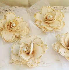Sofreh Aghd : 7 Decorative Bread Flowers by ChicWeddingBoutique