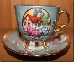 http://fishtailcottage.blogspot.com/2011/01/three-footed-tea-cups.html