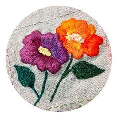 #handembroidery #embroidery #needlework #linen #flowerstitch #broderie #프랑스자수 #자수타그램 #꽃자수