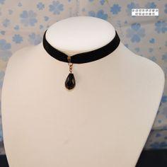 Lolita Sexy Black Teardrop Pendant Velvet Ribbon Black Choker Necklace Gothic