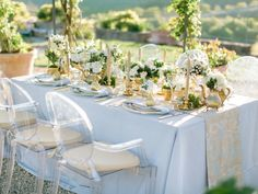 Blue gold and white reception table