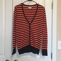 Cardigan V-neck button up cardigan. Never worn. Great condition. Old Navy Sweaters Cardigans